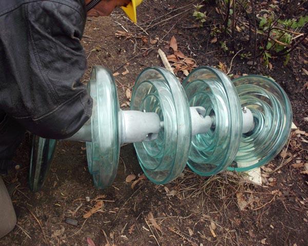 在贵州电网抗冰灾直流线路使用
